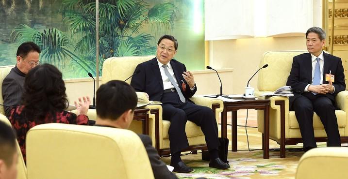 俞正声参加台湾代表团审议