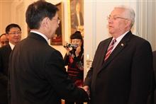 会见贝比奇议长 会见克议会外委会主席马图希奇