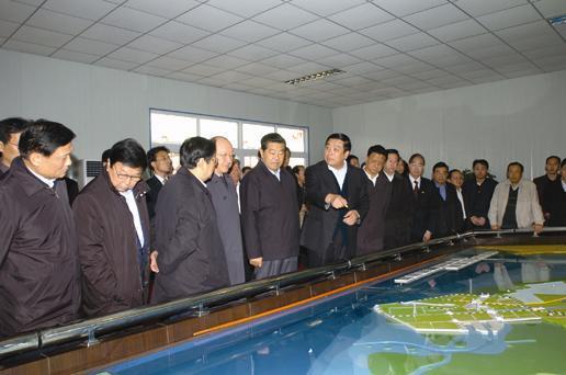全国政协主席贾庆林率队考察首钢搬迁和曹妃甸建设